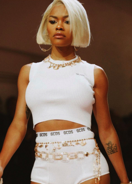 Teyana taylor walks the catwalk to end all catwalks at nyfw