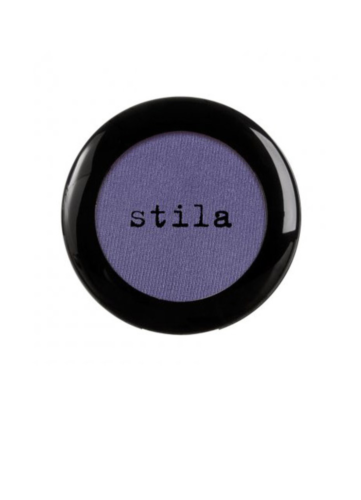 19 purple eye shadow