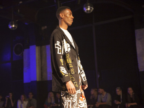 Big thumb 114 nieuw jurk berlin alternative fashion week