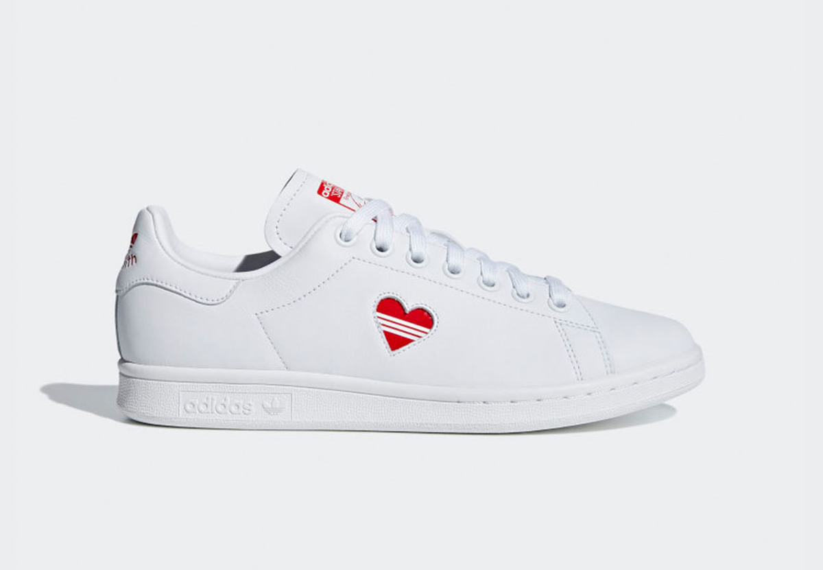 Adidas Adds An Alternate 'Love' Stan Smith To the 'Valentine's Day' Pack