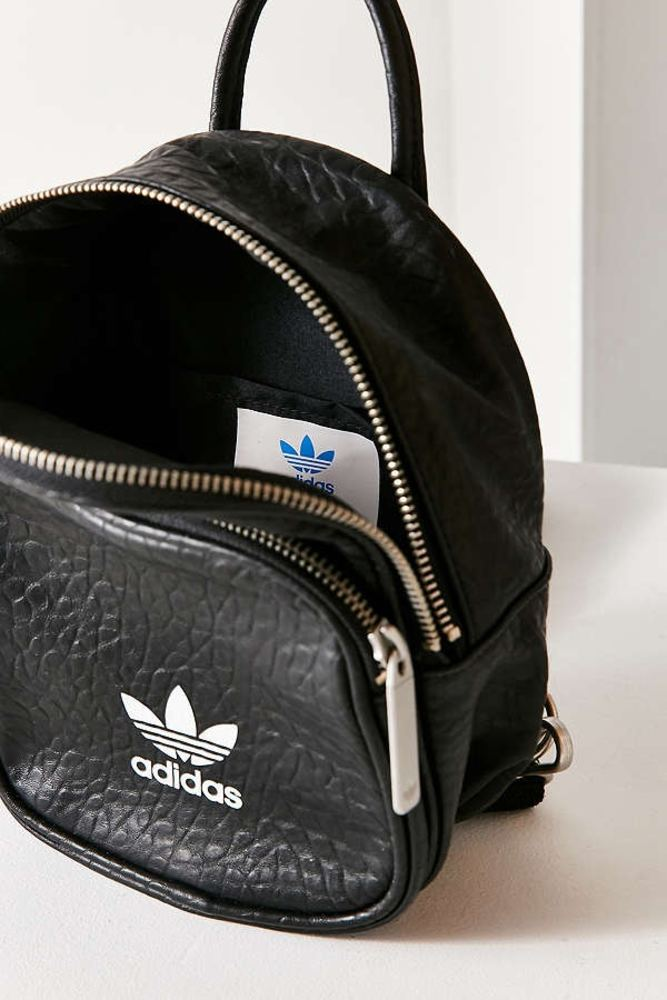 Adidas originals classic mini backpack 04