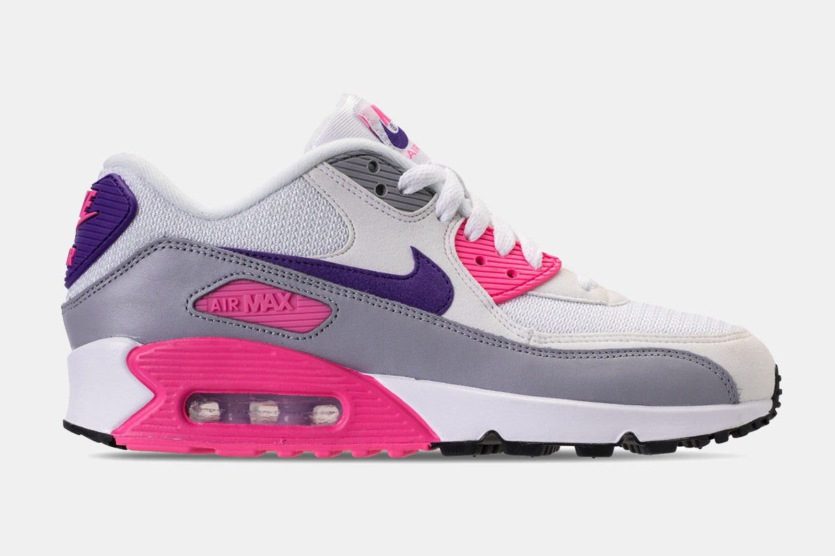 They Have Returned! The Original Nike Air Max 90 Are Back