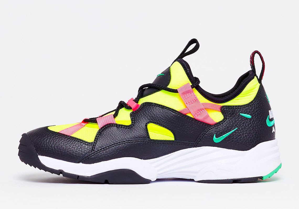 Nike's Vibrant Air Scream LWP Is A Blast From The Past