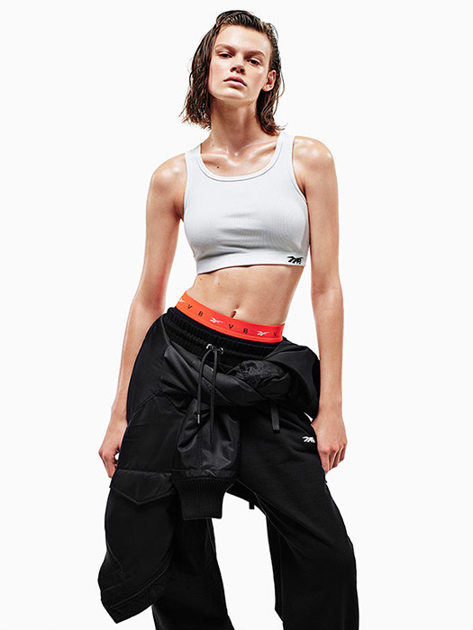 Victoria Beckham Has Collaborated With Reebok For New Athleticwear Collection
