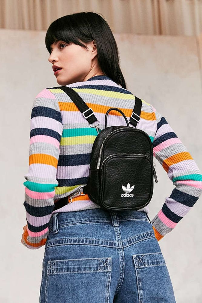 Adidas originals classic mini backpack 02