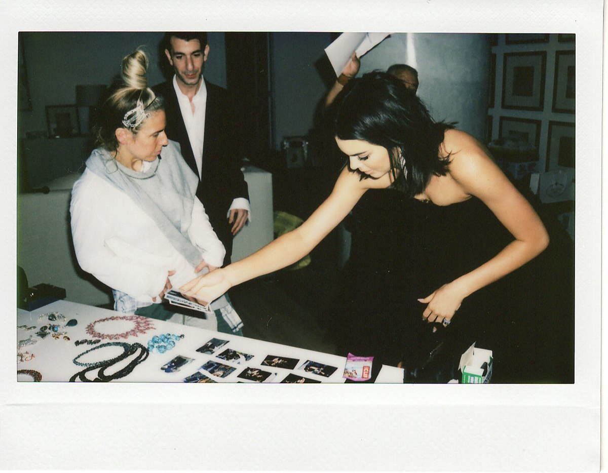 Behind The Scenes With Kendall Jenner For The 2018 Golden Globes