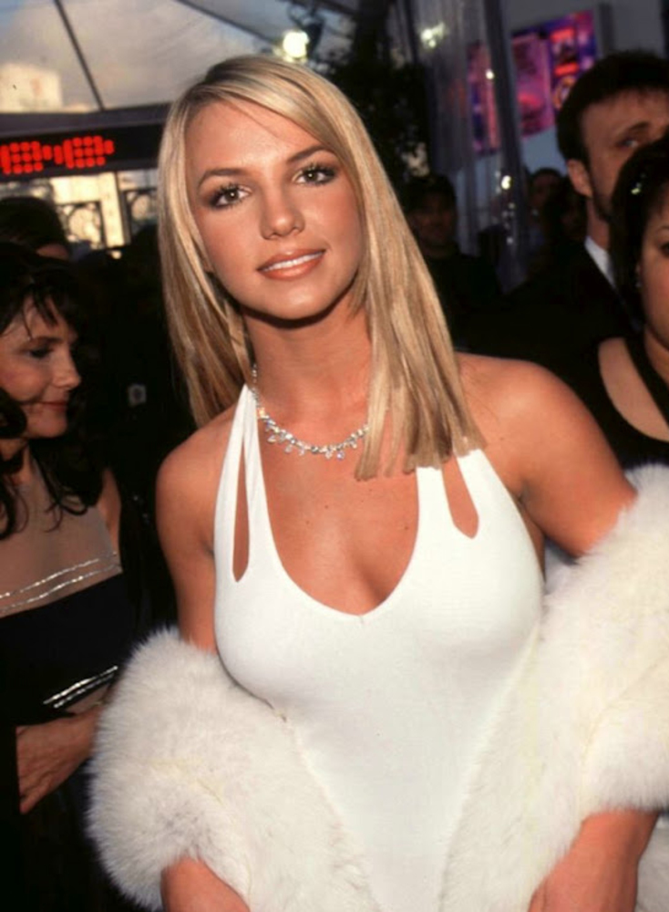 Britney spears looks 96