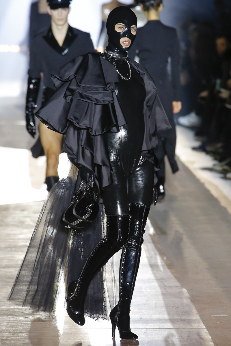 Moschino Brings The Dungeon To The Runway In Fetish-Inspired FW18 Show