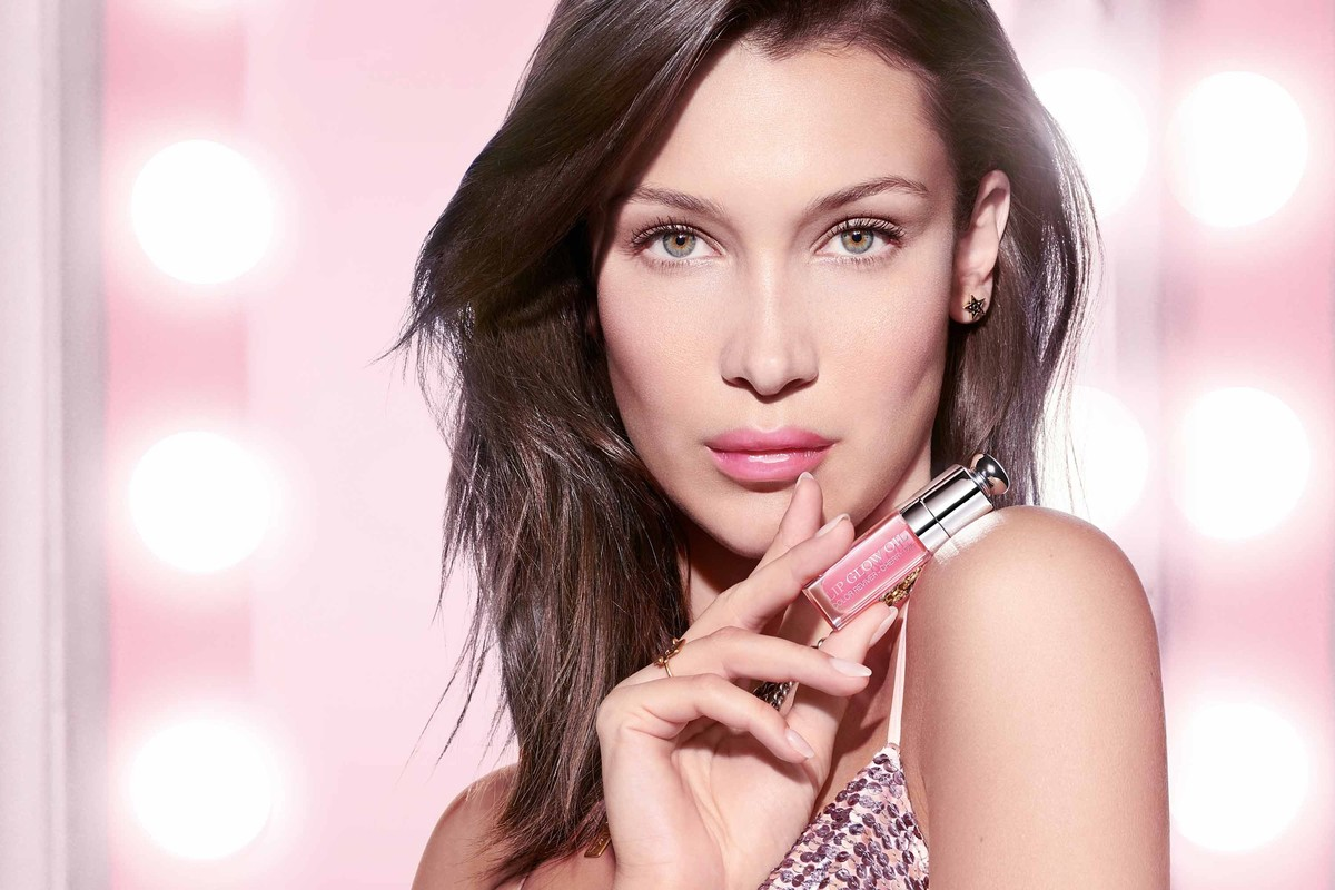 Get Ultra Glam With Dior's New Lip Glow Oil