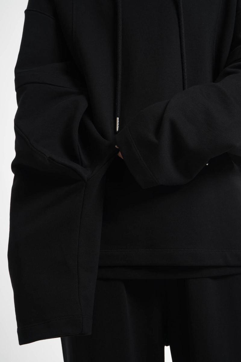 Helmut Lang Pre-Spring 2018 Is A Black Streetwear Masterpiece