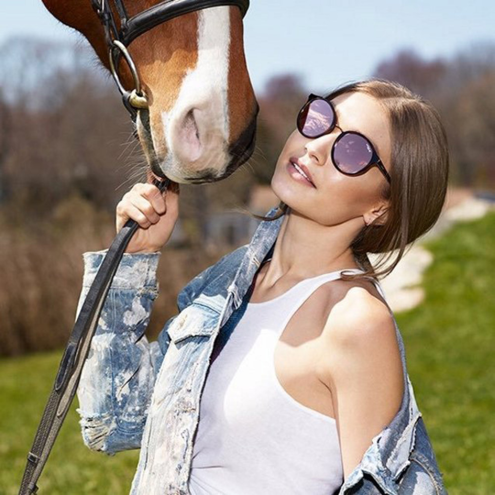 Gigi Hadid collabs with Vogue Eyewear